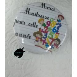 badge-merci-maitresse-pour-cette-annee-58mm@isartatelier