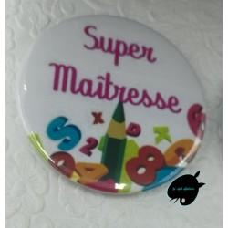badge-super-maitresse-58mm@isartatelier